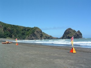 Piha life saving flags