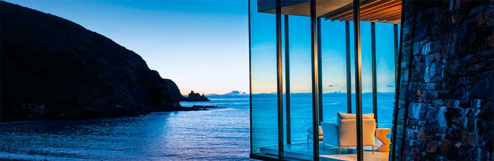 House sitting New Zealand - You could even get something like this. Photo of Seascape Villa at Annandale